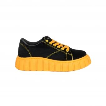 Дамски спортни обувки от велур