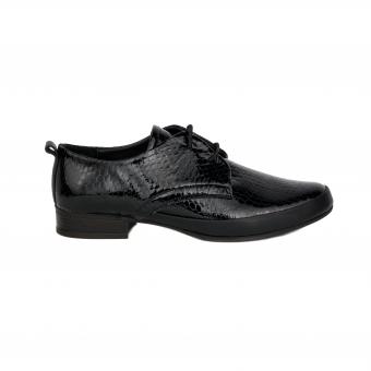 Дамски ежедневни обувки от естествен лак
